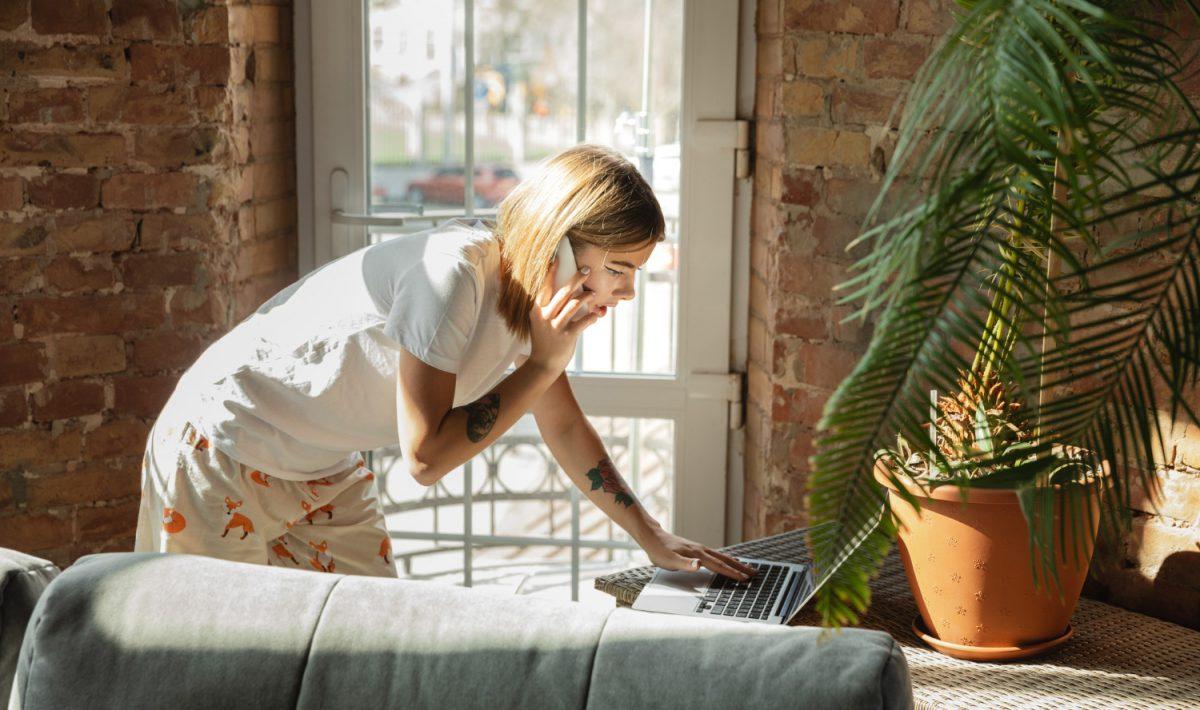 W dzisiejszych czasach każda szanująca się firma powinna posiadać dobrej jakości sprzęt komputerowy, który pozwoli jej działać sprawnie i porządnie radzić sobie z zadaniami dnia codziennego
